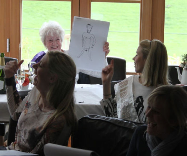 hen do life drawing for everyone